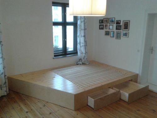 Tischler kontaktieren für Podest im Schlafzimmer: Stauraumwunder .