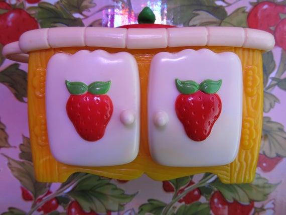 Strawberry Shortcake Berry Happy Home Kitchen Sink | Et