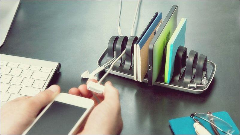 Cooles Schreibtischzubehör, das Spaß in das Büro bringt .
