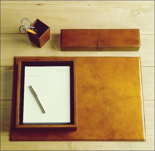 Schreibtischzubehör aus Leder | Schreibtischzubehör, Leder und .