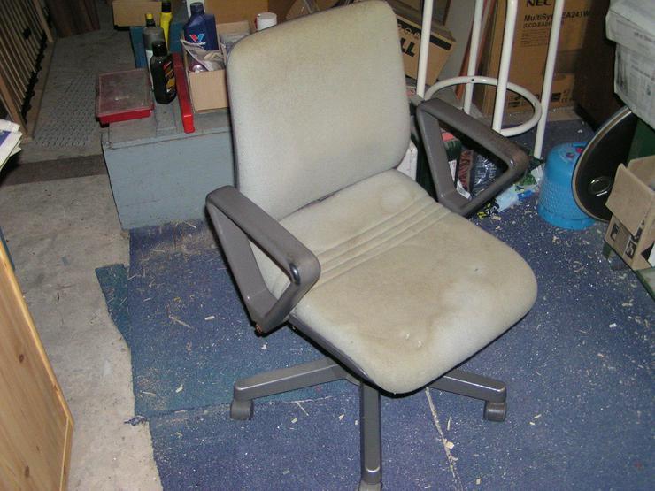 Schwerer Bürostuhl von Drabert in Sehnde auf Kleinanzeigen.