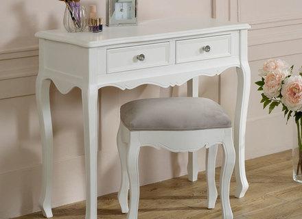 Weiße Möbel Dekor Shabby Chic Schlafzimmer Erwachsene Schäbig .
