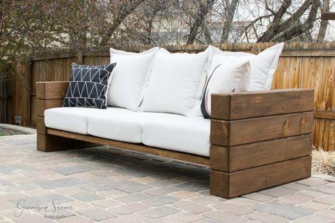 Sofa im Freien