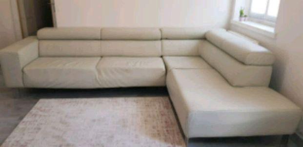 Sitzmöbel – braune Schnittcouch | Wohnzimmer planen, Couch und Sitz