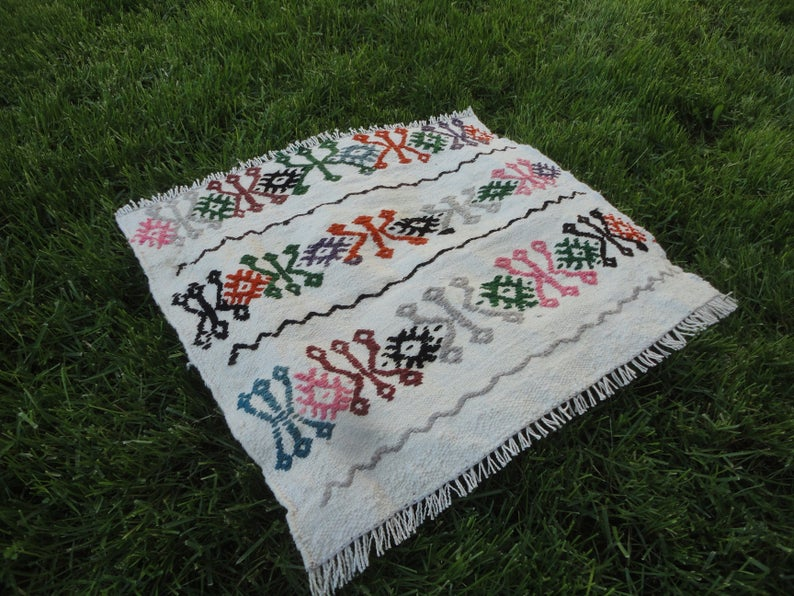 tu00fcrkische handgemachte kleine Teppich Teppich im freien .