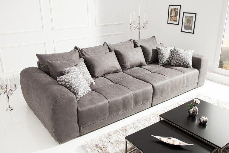 Tiefes Sofa