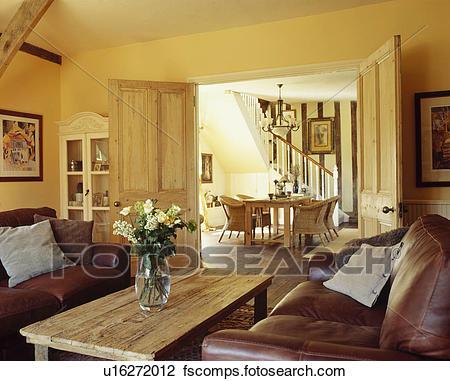 Braun, leder sofas, und, rustikal, couchtisch, in, traditionelle .