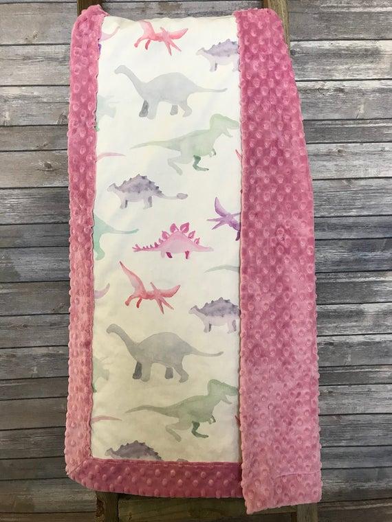 Rosa Dinosaurier Minky Decke. Dinosaurier Minky Decke. Mädchen   Et