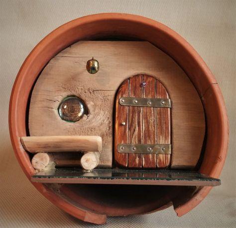 10 1/2 Terrakotta Gnome Haus, mit einem 5 1/2 Tür mit .