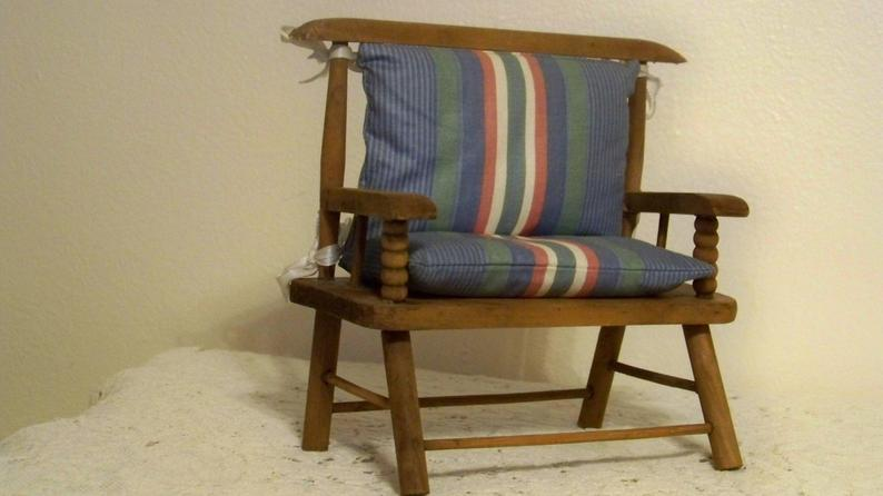 Puppenmöbel Weinlese-Miniatur-Sofa Sofa Puppe Holz Couch Sofa f .