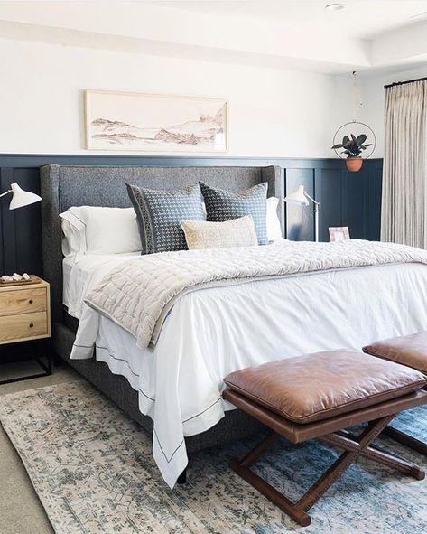 Luxusbettwäsche im Schlafzimmer von Royfort. Exklusive weiße und .