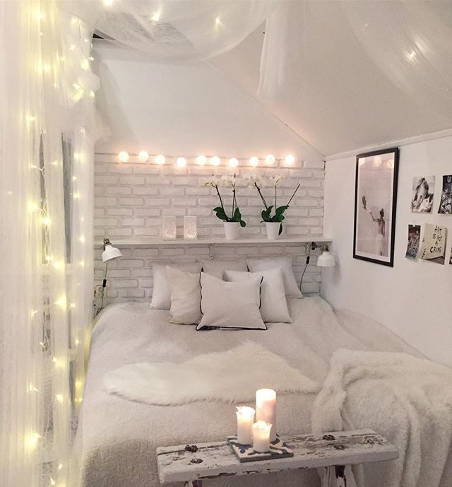 Weiße Schlafzimmer eingestellt