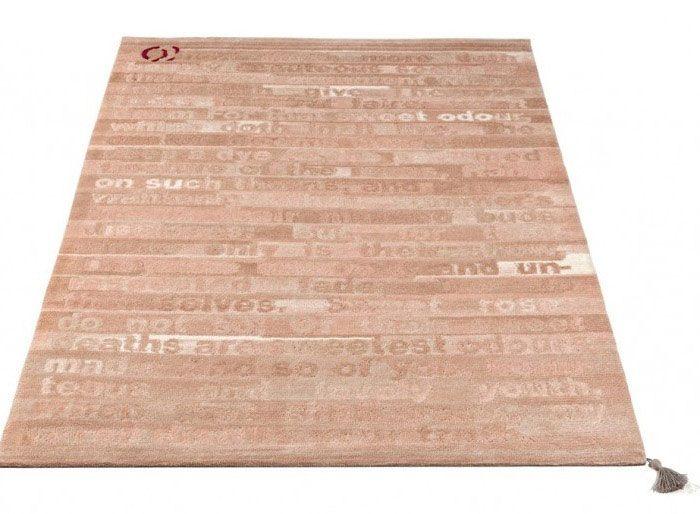 Zeitgenössische Typografie auf einem Teppich | Typografie .
