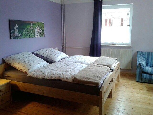 Schlafzimmer 2 - mit zwei Einzelbetten (mit Bildern) | Einzelbett .