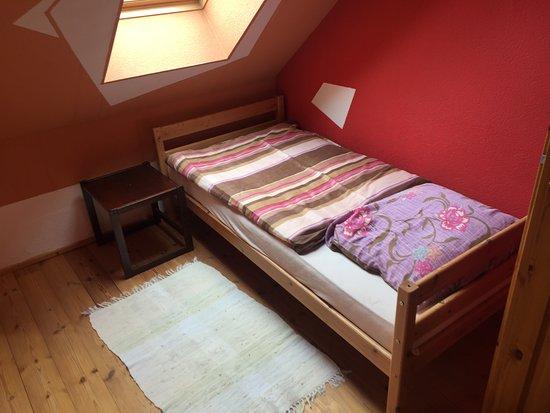 Zimmer mit zwei Einzelbetten - Picture of Bed and Breakfast .